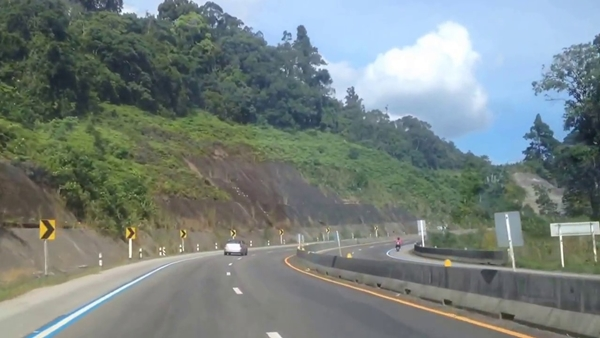 Car_Rental_Thailand_ECOCAR_5_Mountain_Scenic_Roads_Khaopappha
