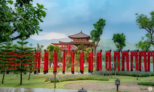 7 Attractions on Highway 107 by ECOCAR Car Rental Chiang Mai Hinoki Land