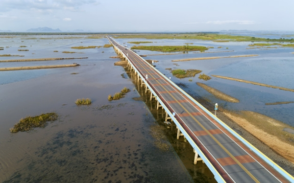Phatthalung_ECOCAR_Car_Rental_Hatyai Ekkachai Bridge