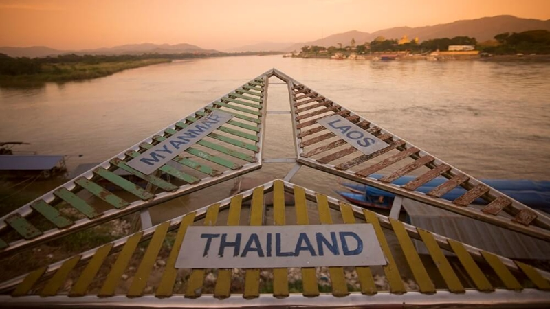 golden_triangle_Chiang_Rai_by_Car_Rental_Chiang_Mai