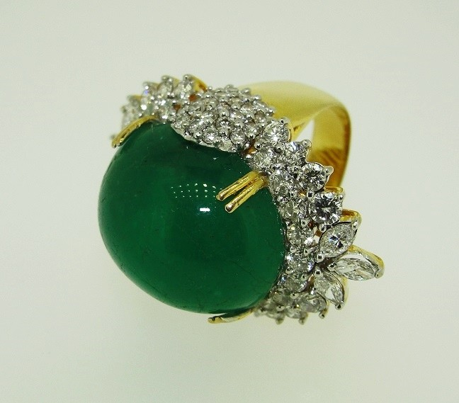 เพชรมรกต: รับซื้อ แหวน มรกต ล้อม เพชร เพชรกุหลาบ เพชรเกสร